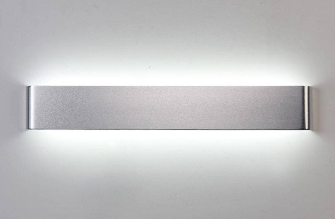 Borje Sleek Band Wall Lamp