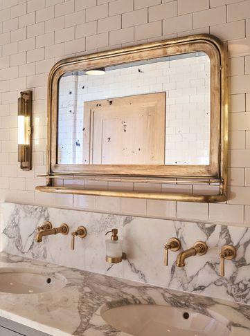 rusty mirror marble sinktop