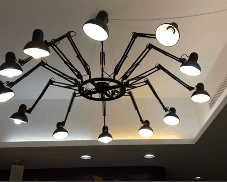 Evelina Tarantula Spider Legs Extendable Lighting